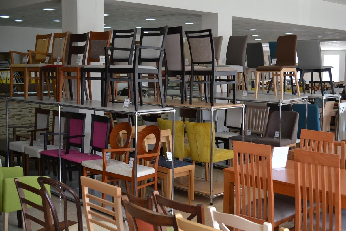 d5a9e929da45 Predaj stoličiek a nábytku Topoľčany