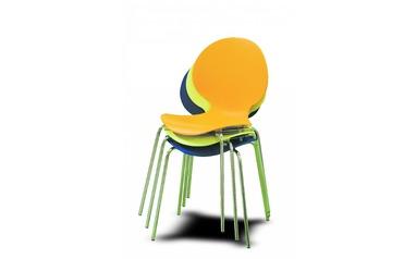 e08fccde40c0 Stoličky Stoly - Inšpirácie - Stoličky - Tipy na moderné plastové ...