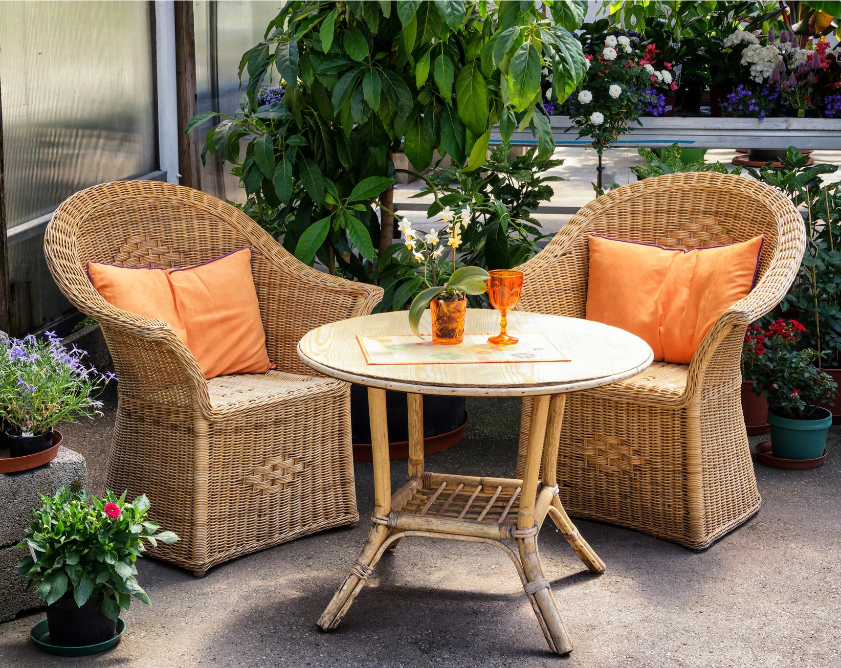4d3346337302 Stoličky Stoly - Inšpirácie - Záhradné sedenie - Vyberáme záhradný ...